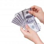 Půjčka v hotovosti nebo na bankovní účet?